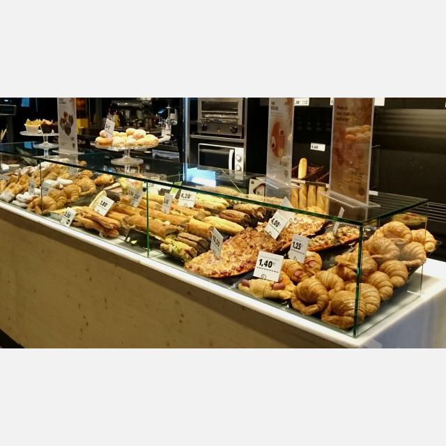 Dependiente/a panaderia-cafeteria