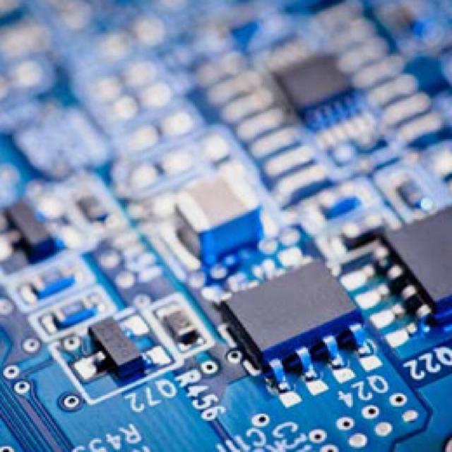 Técnico/a Targetas Electronicas