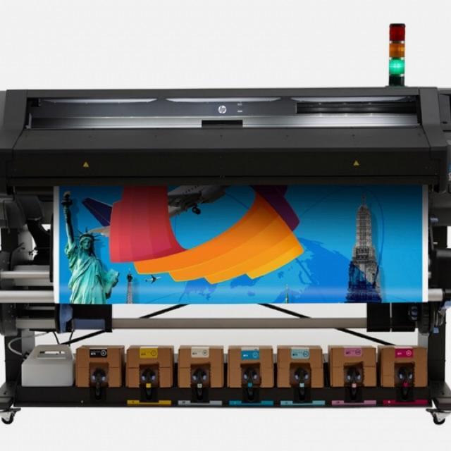 Operario impresión digital