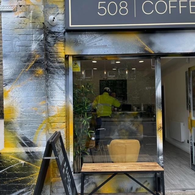 Coffee Shop Barister