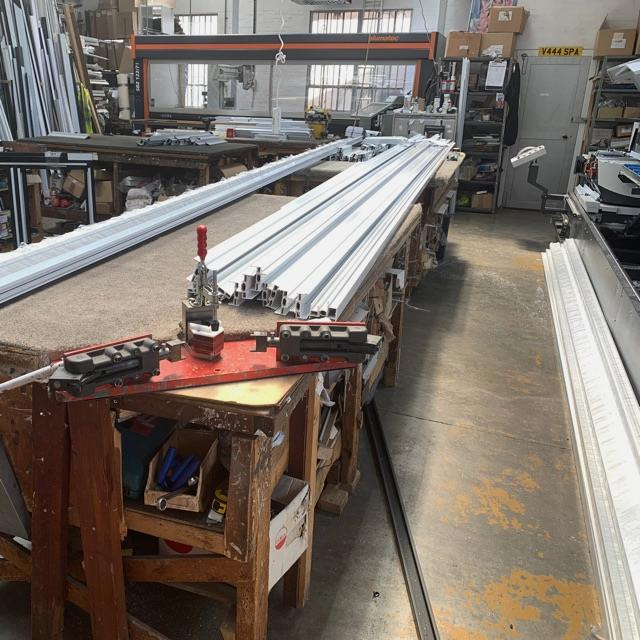 Suitable for LADIES & GENTLEMEN Aluminium Window & Doors Fabricators