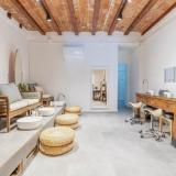 Oasis Urbano Nail Bar  Beauty salon avatar icon