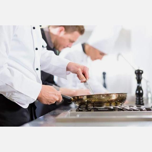 6063 Ayudante de cocina