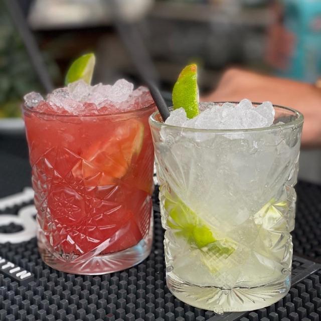 Cocteler@s/ Bartenders