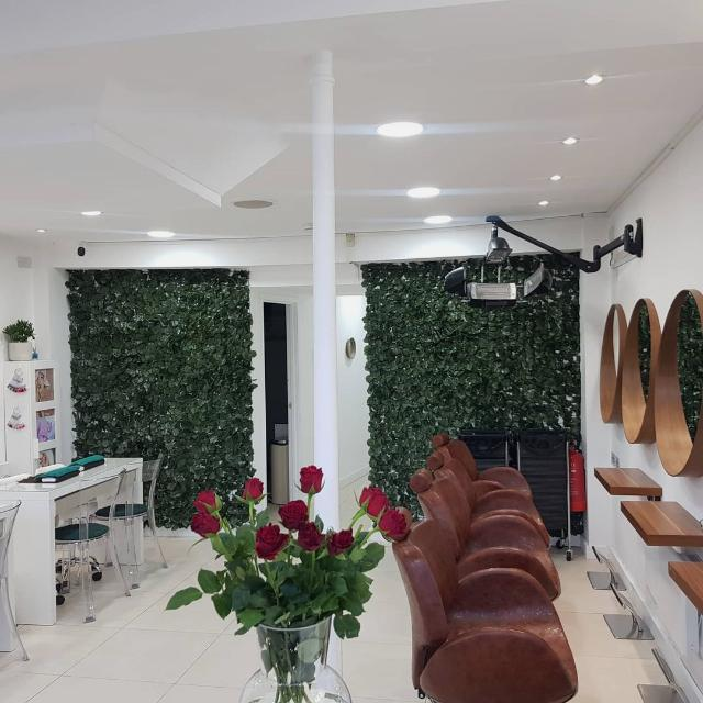 Beauty Therapist urgently needed in Clapham, London Part-Time/Full-Time