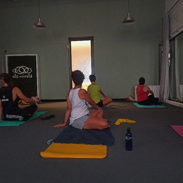 Instructor de pilates y yoga