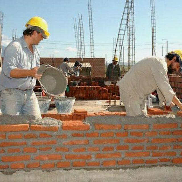Oficial Construcción y Peón