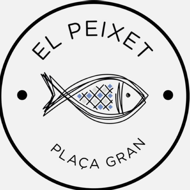 Ayudanye Camarero restaurante pescado frito