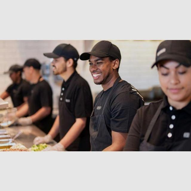 Canary Wharf Chipotle crew member Full Time
