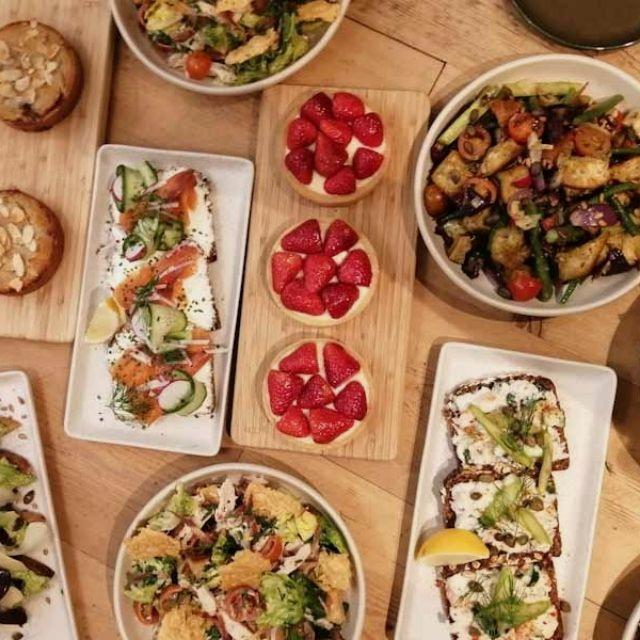 Breakfast Chef/Sandwiches&Salads maker