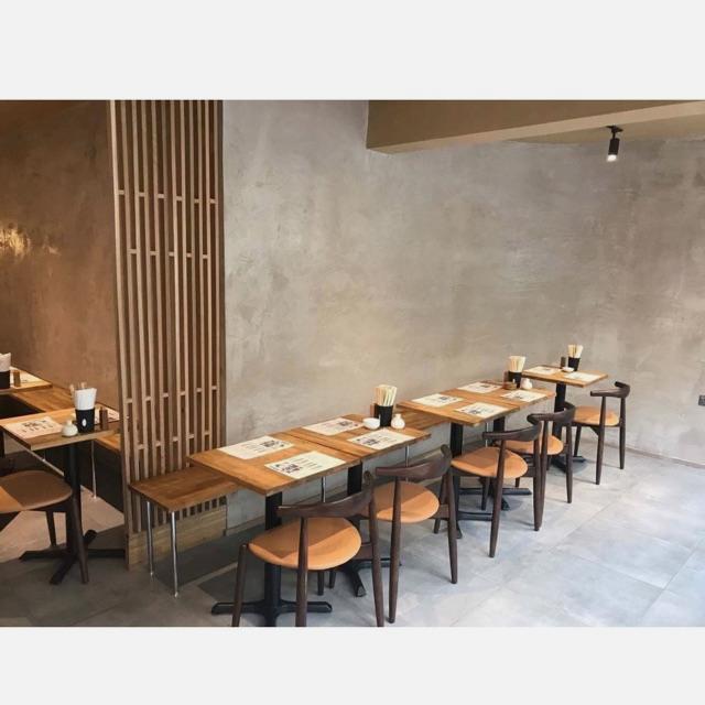 Restaurant Waiter / Waitress