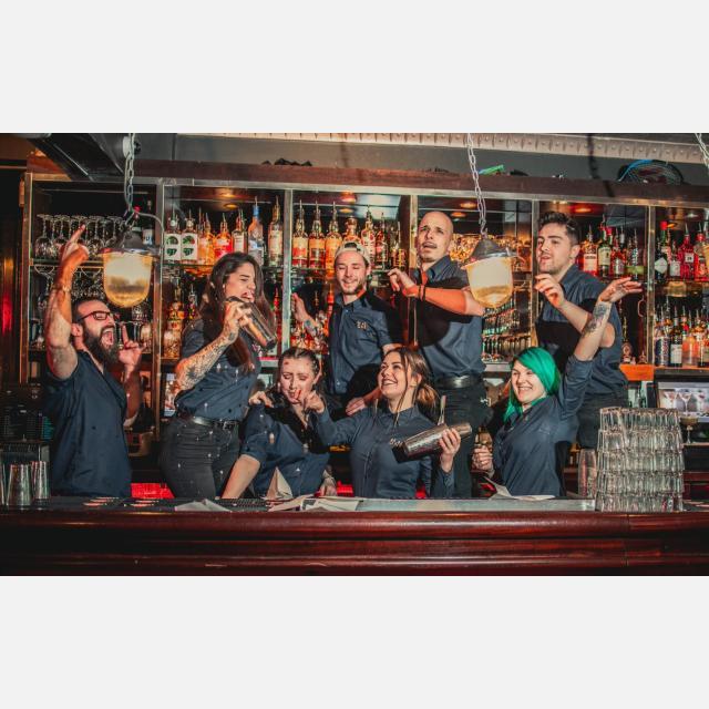 Bartender (Training Included)