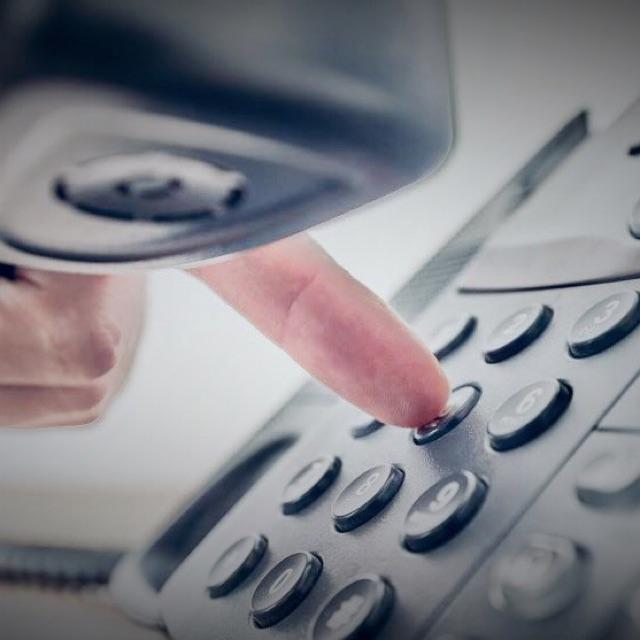 10 TELEOPERADORES (SUELDO FIJO MÁS COMISIONES)