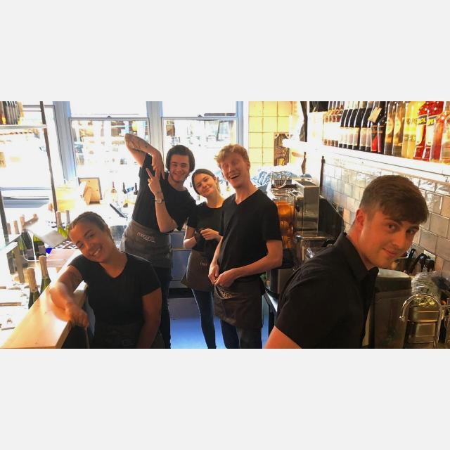Waiter/Waitress/ Barista