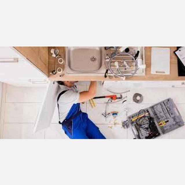 Fontanero con experiencia en calefacción e instalación de aire