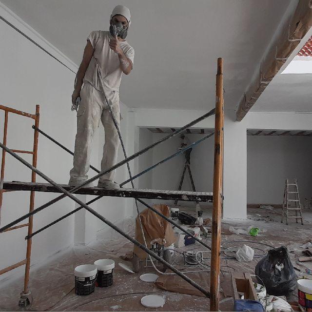Ayudante  de pintor