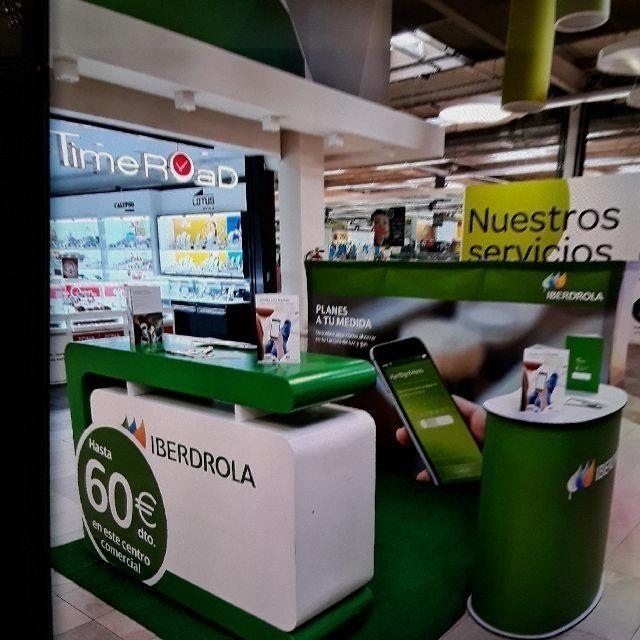 COMERCIAL - STAND