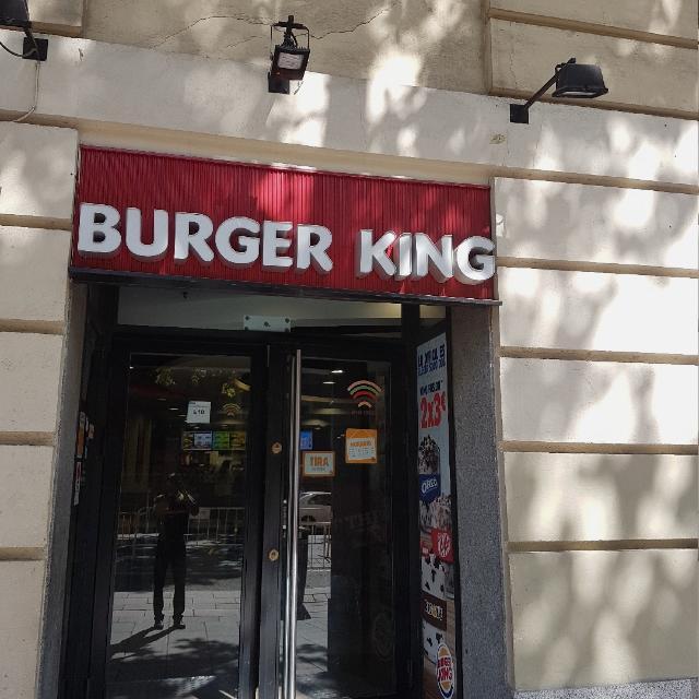 Repartidor en el burguer king interesados constatar con Federico