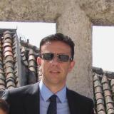 Julio Benavides avatar icon