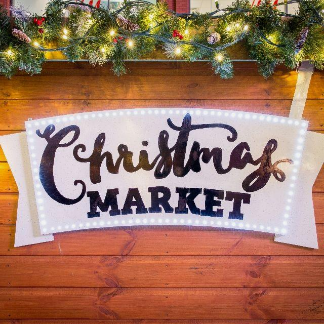 Sales Assistant for Christmas Market