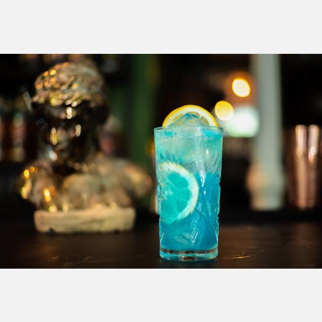 Camarero/a y Barman/Barmaid