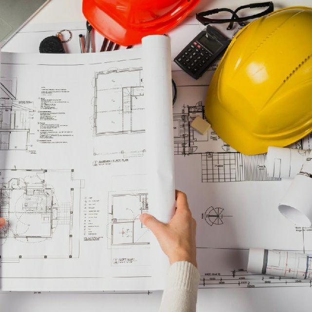 Arquitecto/a Técnico/a
