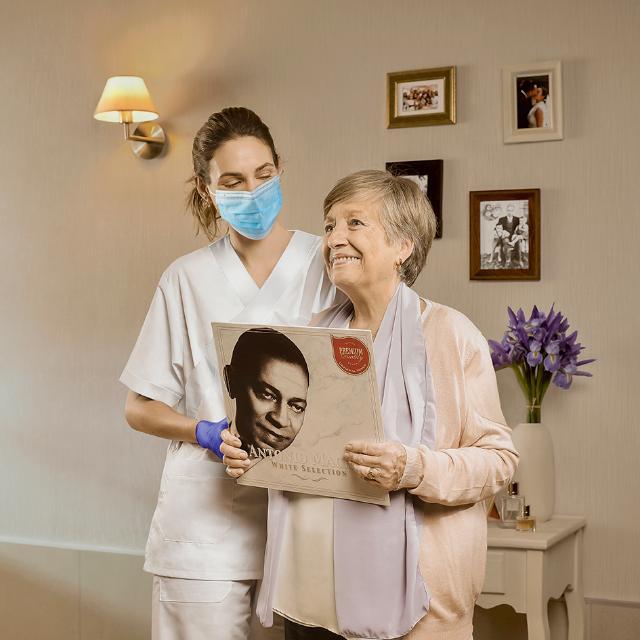 Cuidador/a en casa personas mayores