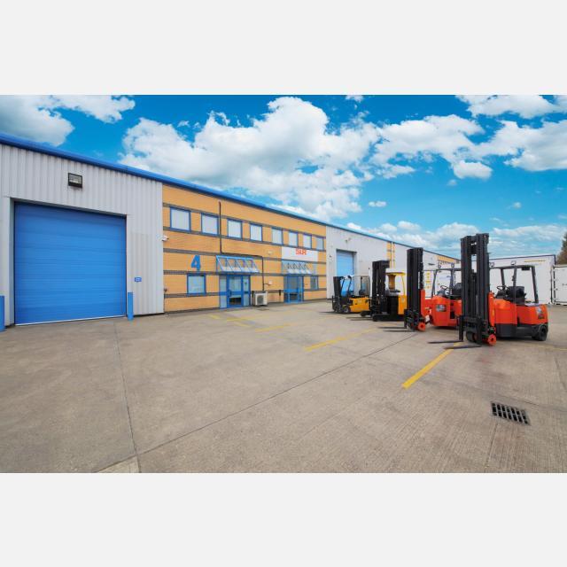 Warehouse Operative