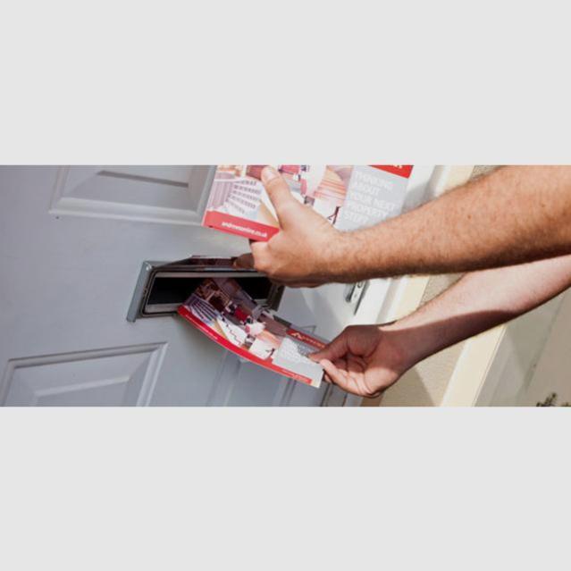 Leaflet Distributor
