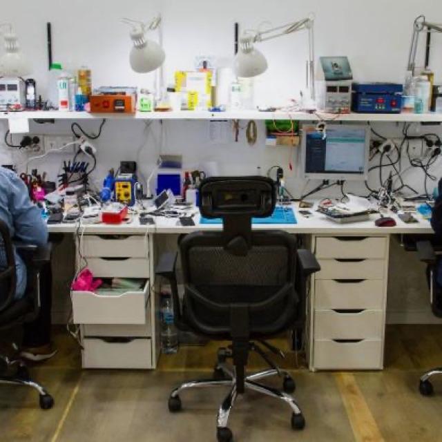 Tecnico reparacion moviles e informatica