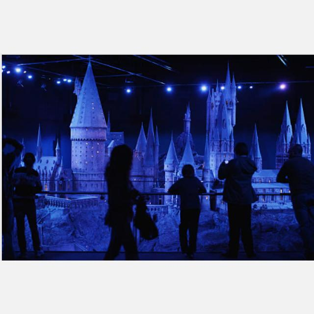 Front of House Assistant- Harry Potter World