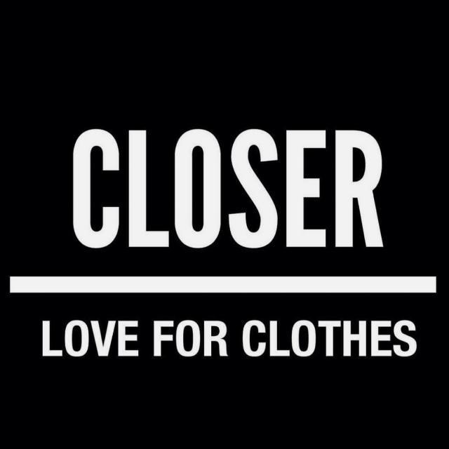 Dependienta tienda de ropa