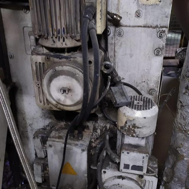 Engrases maquinaria industrial