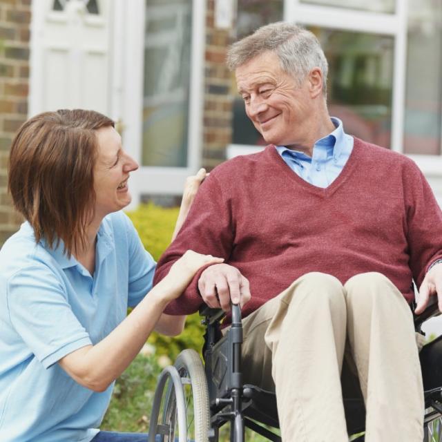 Cuidadores/auxiliares de enfermería para RESIDENCIAS DE INGLATERRA